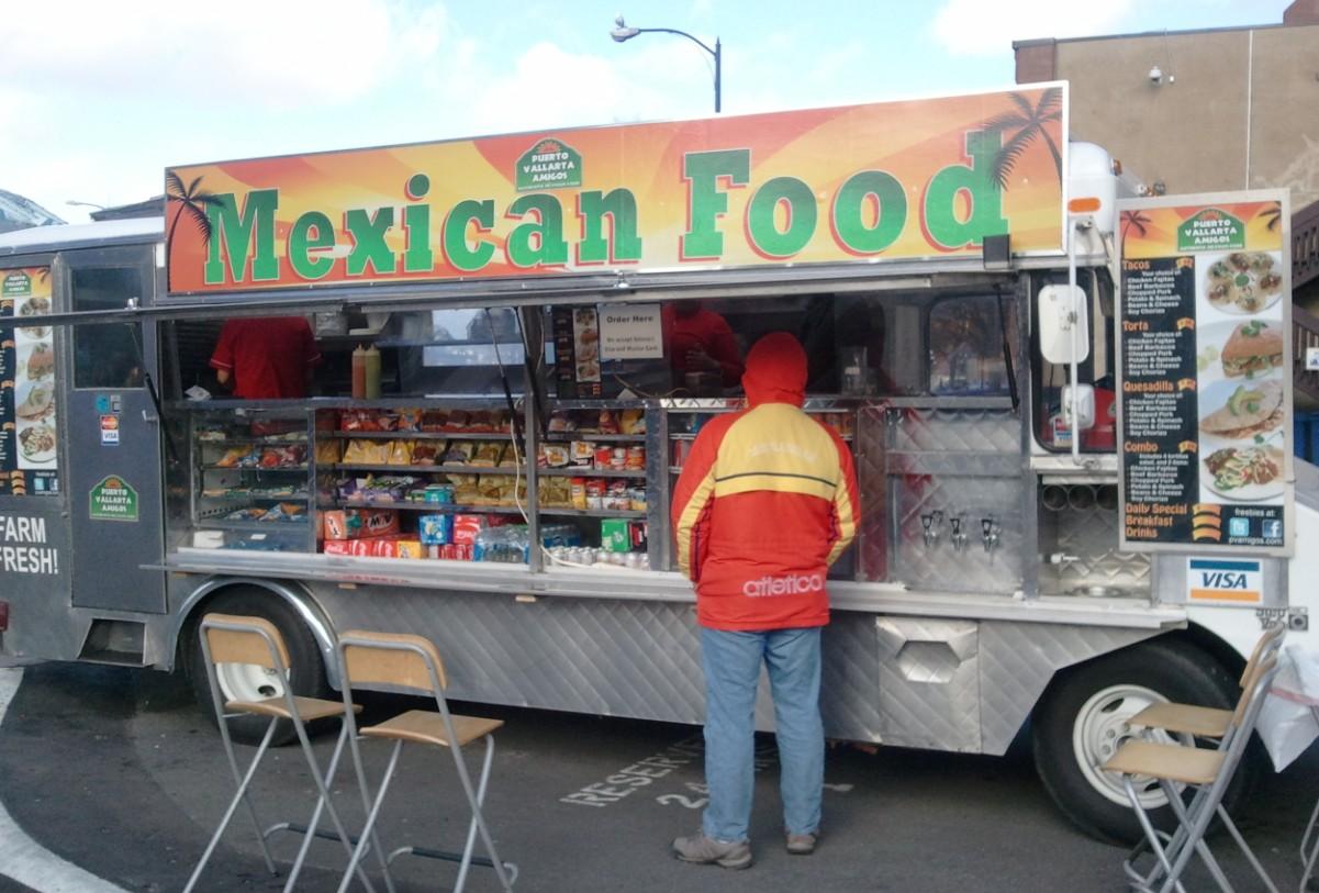 Food Trucks in Puerto Vallarta Amigos!