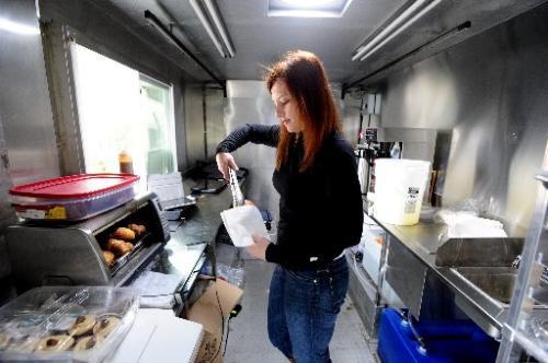 Boulder: Leaders Serve Up Food Truck Approval