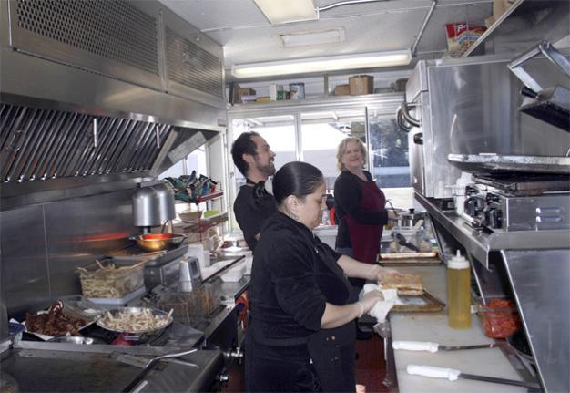 Renton, WA: Bistro Box in North Renton Serves Up Sliders to Pizzetta