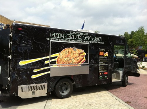 Fayetteville, AR: Star Wars Themed Food Truck – How Cool!