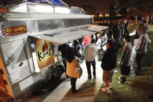 Poll Question: Do Gourmet Food Trucks Threaten Brick-and-Mortar Restaurants?