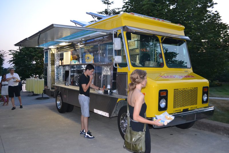 Detroit: Taco Mama Food Truck Hits the Street in Ferndale