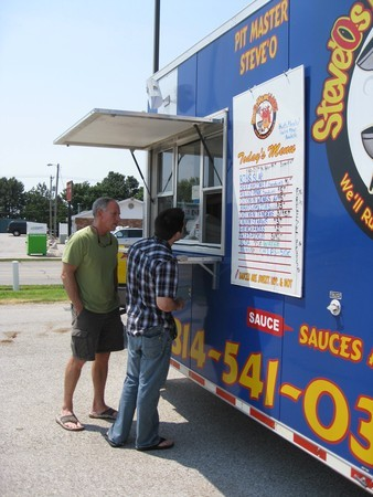 St. Charles, MO: P&Z Commission Still Divided On Street Food Vendor Issue