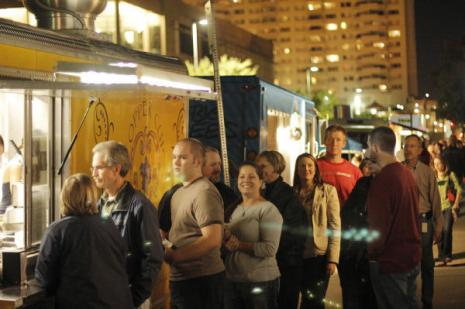 H & 8th Outdoor Food Market Makes Successful Relaunch Friday in Oklahoma City