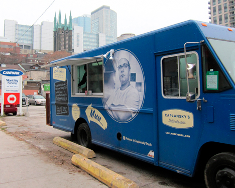 Toronto, CAN: Caplansky Truck is a Go!