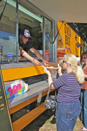 Tarpon Springs (FL) to Get a Taste of the Food Truck Frenzy