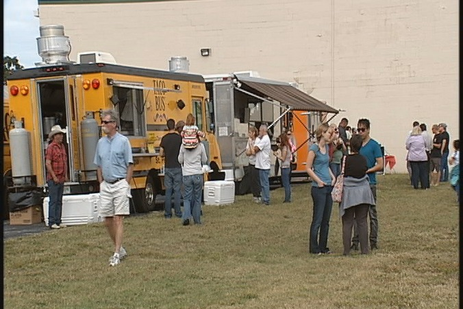 St. Petersburg, FL: First Food Truck Rally