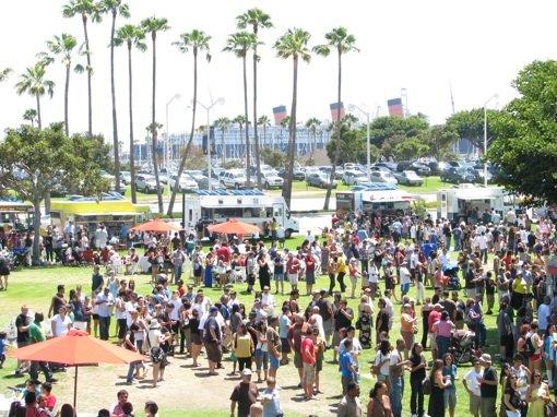 Long Beach, CA: Council to Consider New Food Truck Regulations