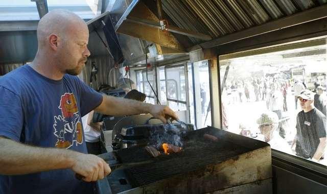 Palm Springs Food Truck Festival offers taste tryouts