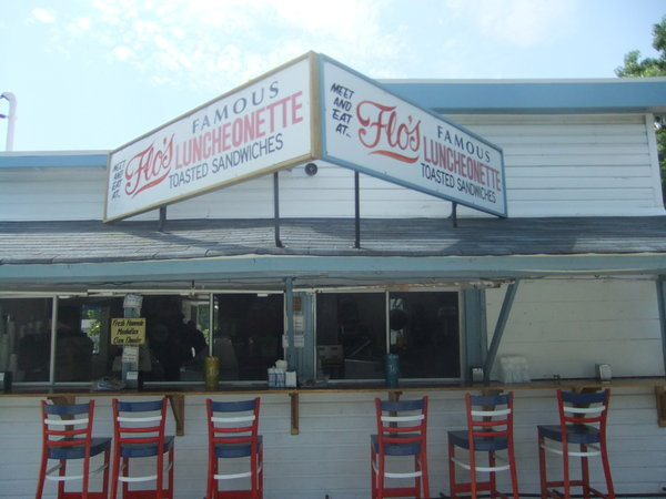 Patchogue, NY: Flo's On The Go (food truck) Rejected By ZBA