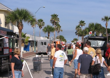 New Smyrna Beach, FL: New Smyrna Board Turns Down Food Truck Proposal