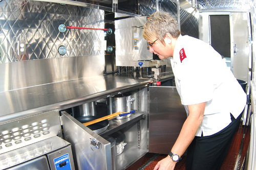 Pine Bluff, AR: Salvation Army Receives New Mobile Kitchen