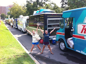 Nashville, TN: Food Truck Motorcade