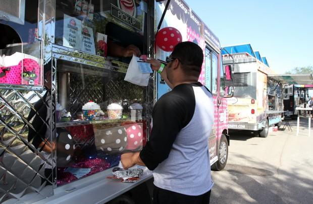 Murrieta, CA: Food Trucks Go Upscale