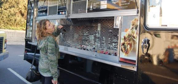 Del Mar, CA: Del Mar Could Face Lawsuit for Halting Food Truck Expansion