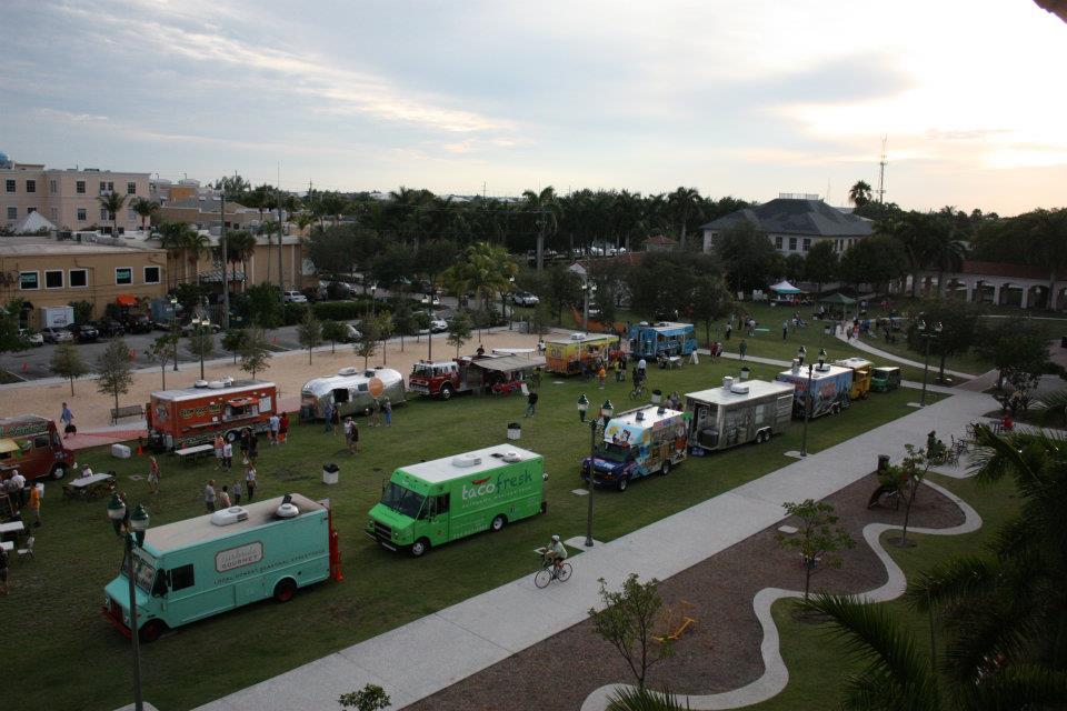 Del Mar, CA: Del Mar approves moratorium on future food truck licenses