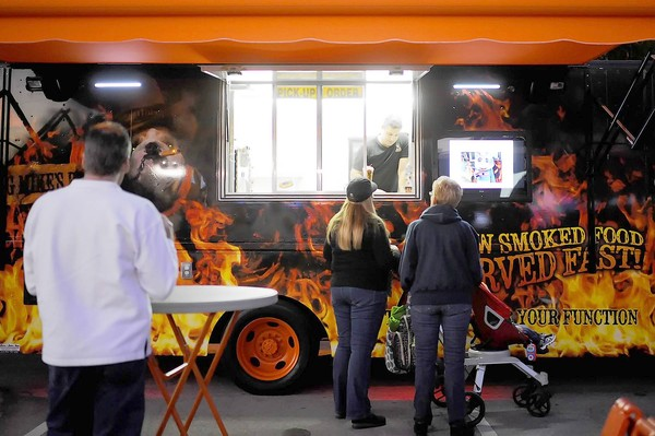Wellington, FL: Food Trucks Bring Gourmet Meals on Wheels to Wellington Amphitheater