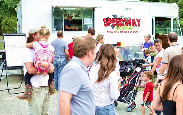 Maplewood, MO: First Licensed Food Truck in Maplewood Sells Out on First Day
