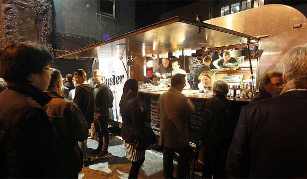 Wellington, NZ: Oyster Saloon – New Zealand's Best Food Truck