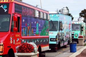 Trucks-at-Suffolk-Downs-Food-Truck-Festival_Compressed