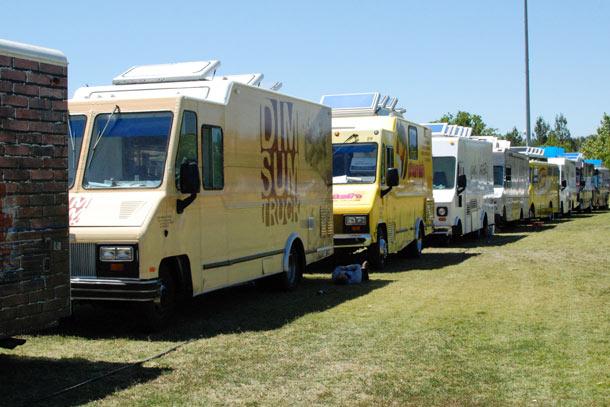 Alameda, CA: Alameda Officials to Revisit Food Truck Guidelines