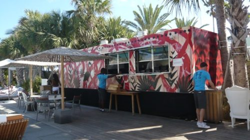 mobile-kitchen-art