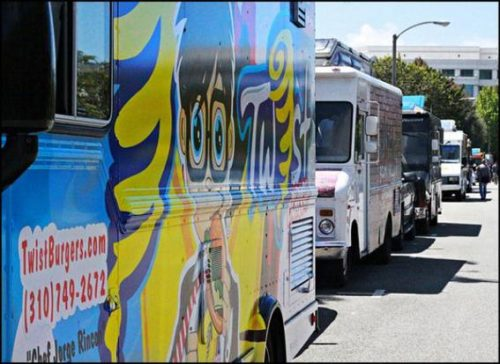Restaurants on wheels offering gourmet fare could one day be allowed to roam in Riveside County, where a movement seeks to ease food truck regulations.
