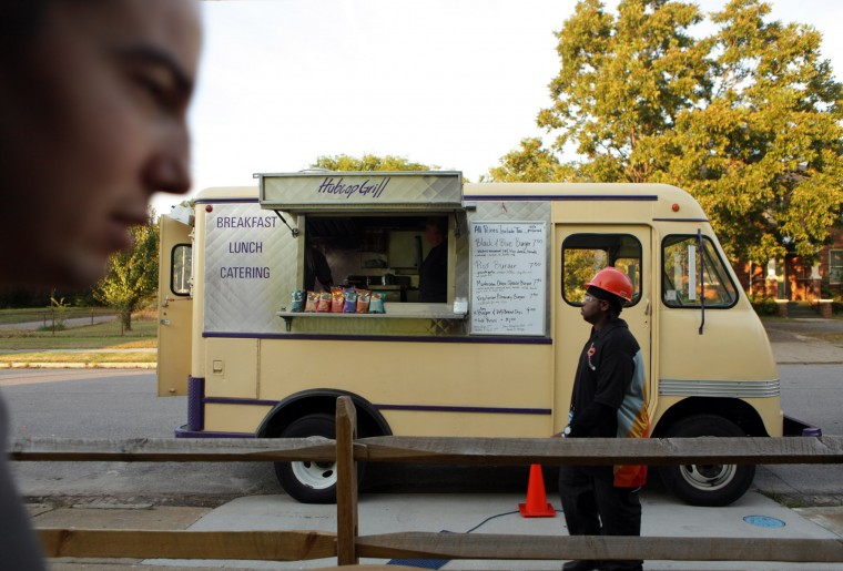 Norfolk, VA: Norfolk Council Discusses StricterRules for Food Trucks