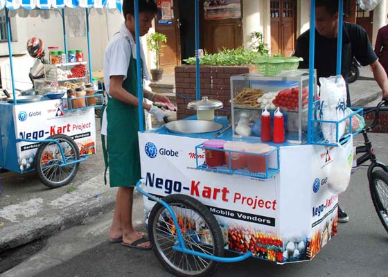 Pangasinan, PH: 50 Pangasinenses Receive Vending Carts from DOLE