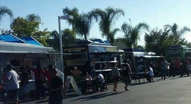 Del Mar, CA: Del Mar Again Extending Ban on Food Trucks