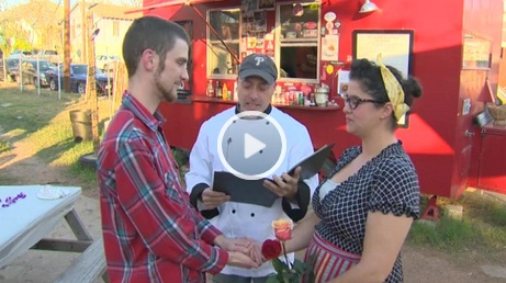 Austin, TX: Food Truck Offers Marriage with Meal