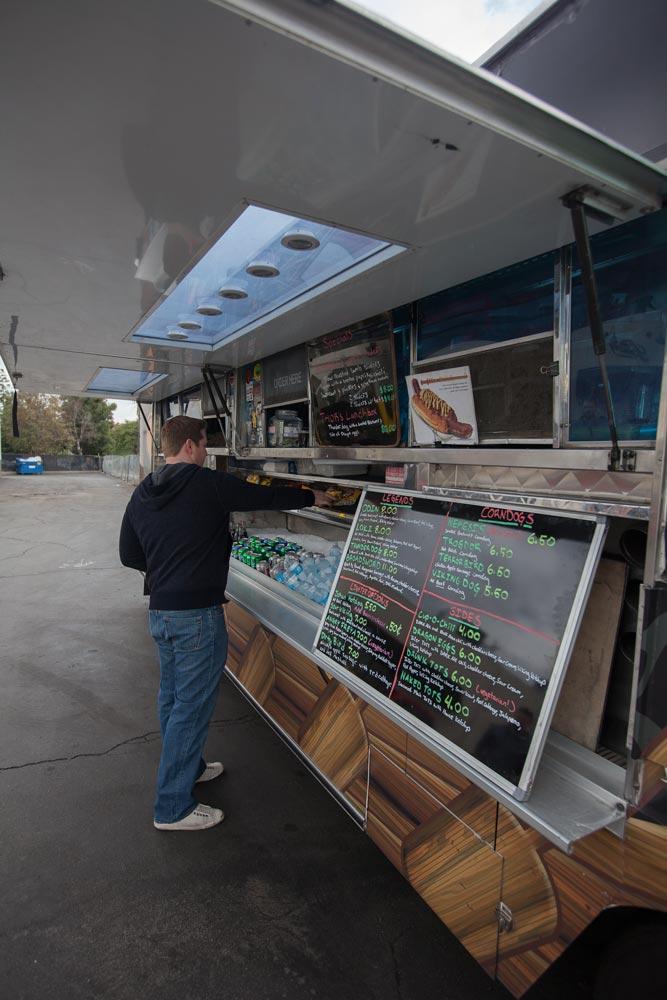 Fullerton, CA: Titans Get Gourmet on the Go