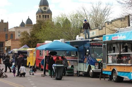 Denton, TX: Meals on Wheels