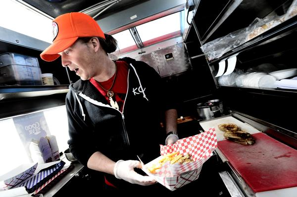 Boulder, CO: Boulder to Look Into Allowing Food Trucks at Six City Parks