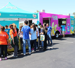 Cerritos, CA: Peel the Love Truck Slips into Southern California