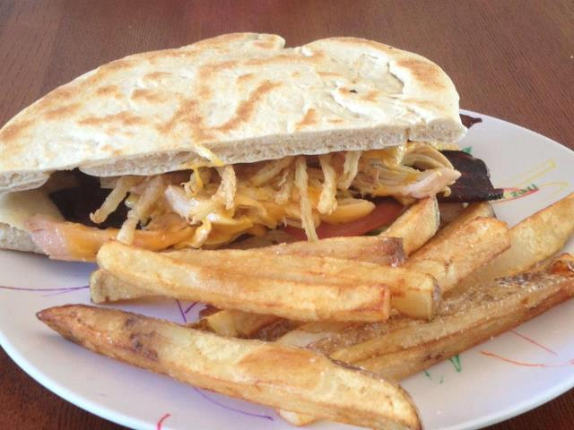 Milwaukee, WI: More new food trucks: YellowBellies, Beef-E's, Fry Bread N Things