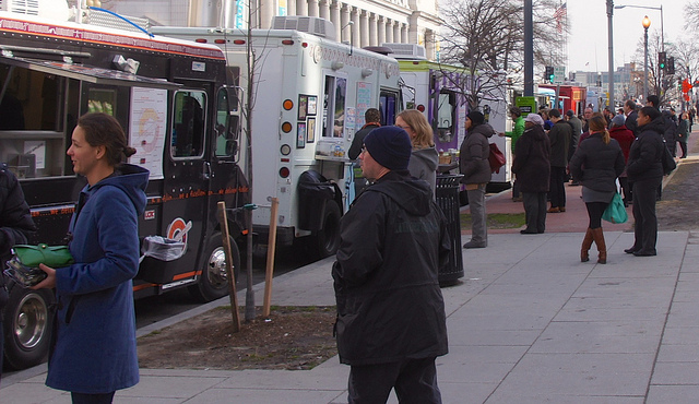 Lexington, KY: Food Truck Pilot Program Could See New Restrictions Added