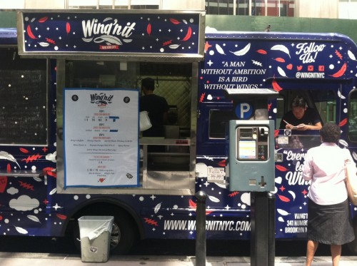 New York Ny Wing N It Food Truck Has As Pretty Hefty Chicken