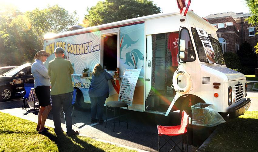 Madison, CT: Selectmen Eye Food Trucks in Madison, Attraction or Detraction?
