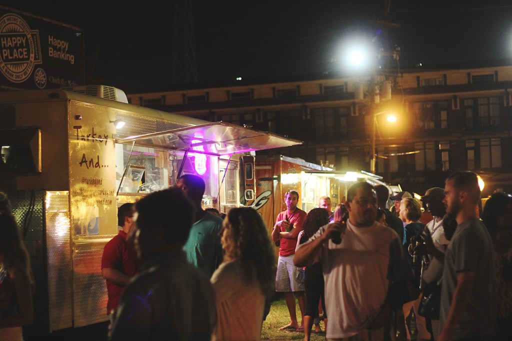 Charlotte, NC: Food Truck Friday a Hot Spot in Charlotte