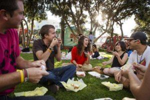 CA-LA-visitors-picnic