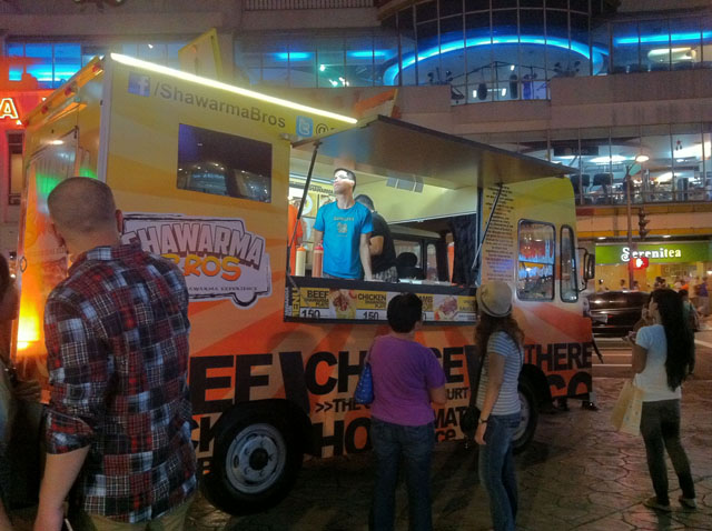 Manila, PH: Food Trucks Invade Manila