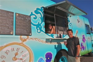 Photo by Barbaraellen Koch | The Eat Me, Drink Me food truck is a hit with its customers, including Greenport Brewing co-owner Richard Vandenburgh.