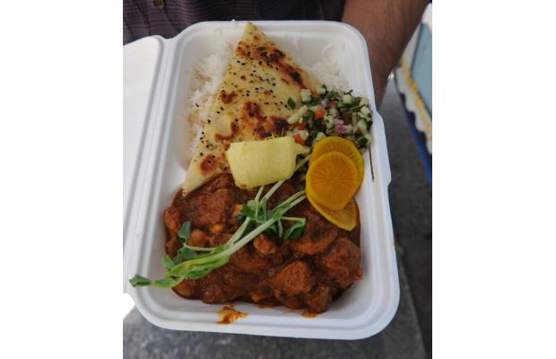 Food from Vij's Railway Express. Photograph by: Arlen Redekop file, PNG