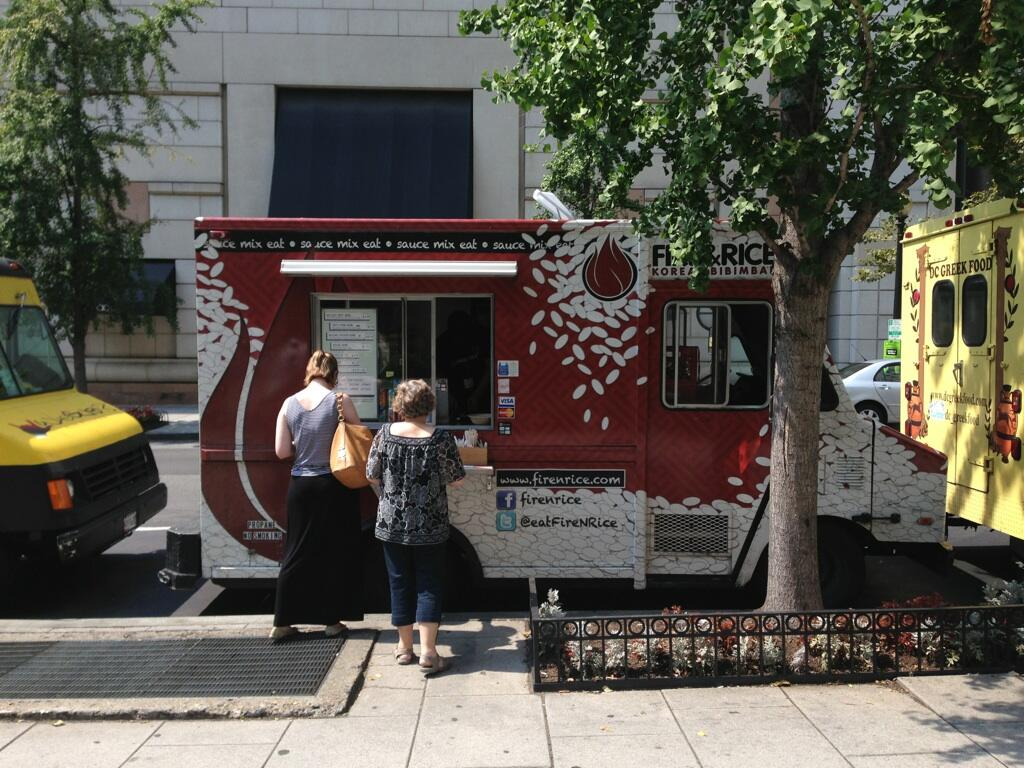 Washington, DC: D.C. Food Truck Vendors, No Longer Fighting for Parking, Praise New Regulations
