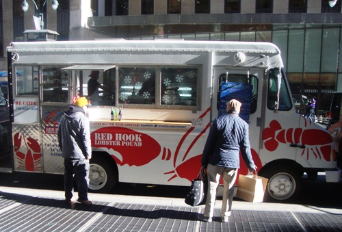 New York, NY: Street Eats – Soup's On At The Red Hook Lobster Truck