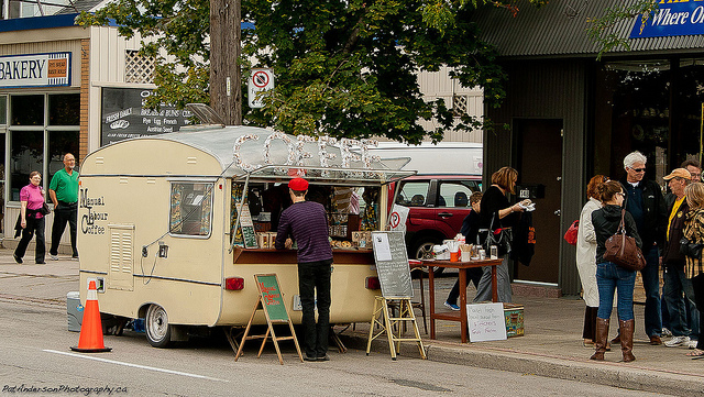 Toronto, CAN: Toronto Food Scene – Trucks, Carts and Pop-Ups