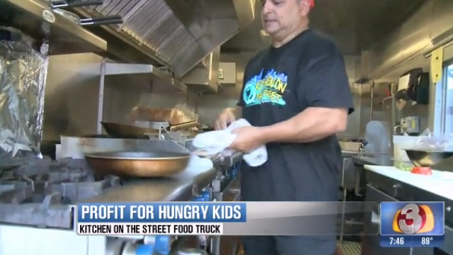 Scottsdale, AZ: Food Truck with a Cause – Kitchen on the Street Helps Feed Hungry