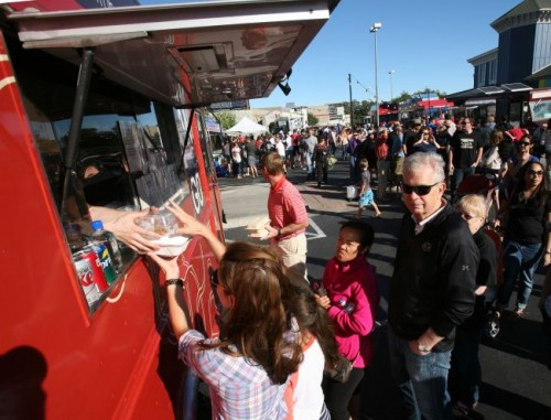 Novato, CA: For Marin's Food Truck Customers, Shorter Lines Might be on the Menu