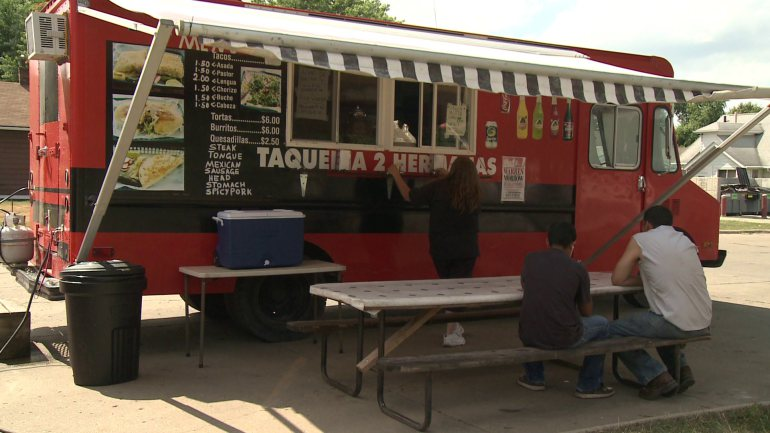 Des Moines, IA: Food Truck Fees of $900 Approved by City Council